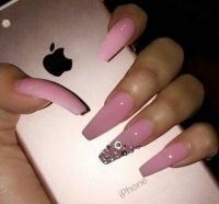 On Pinterest @ kitkatlovekesha   Pin: Beauty ~ Long Pink ...