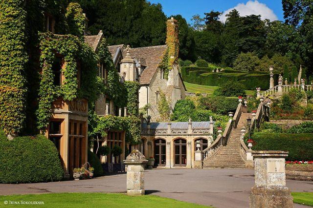 Деревня Касл Ком, Котсуолдс, Англия: