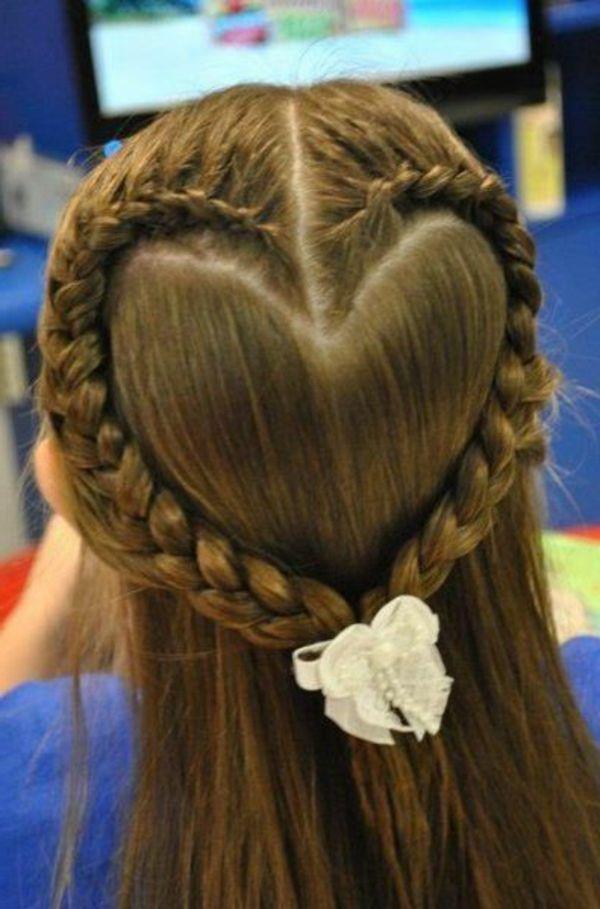 Herz Aus Zöpfen Machen Schöne Frisur Für Kleine Mädchen Haare