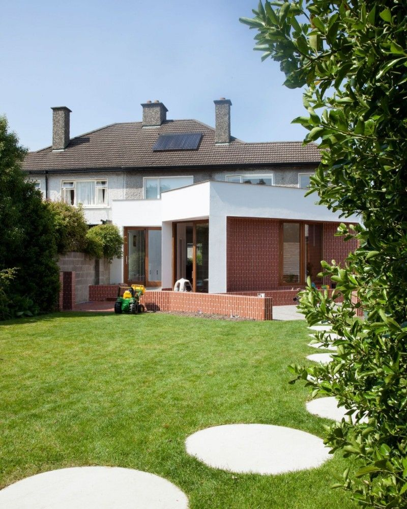 Silchester Park Outdoor Extension Added To An 1950s Semi Detached