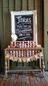 Rustic Elegance! @vinewoodevents created a fabulous favor ...