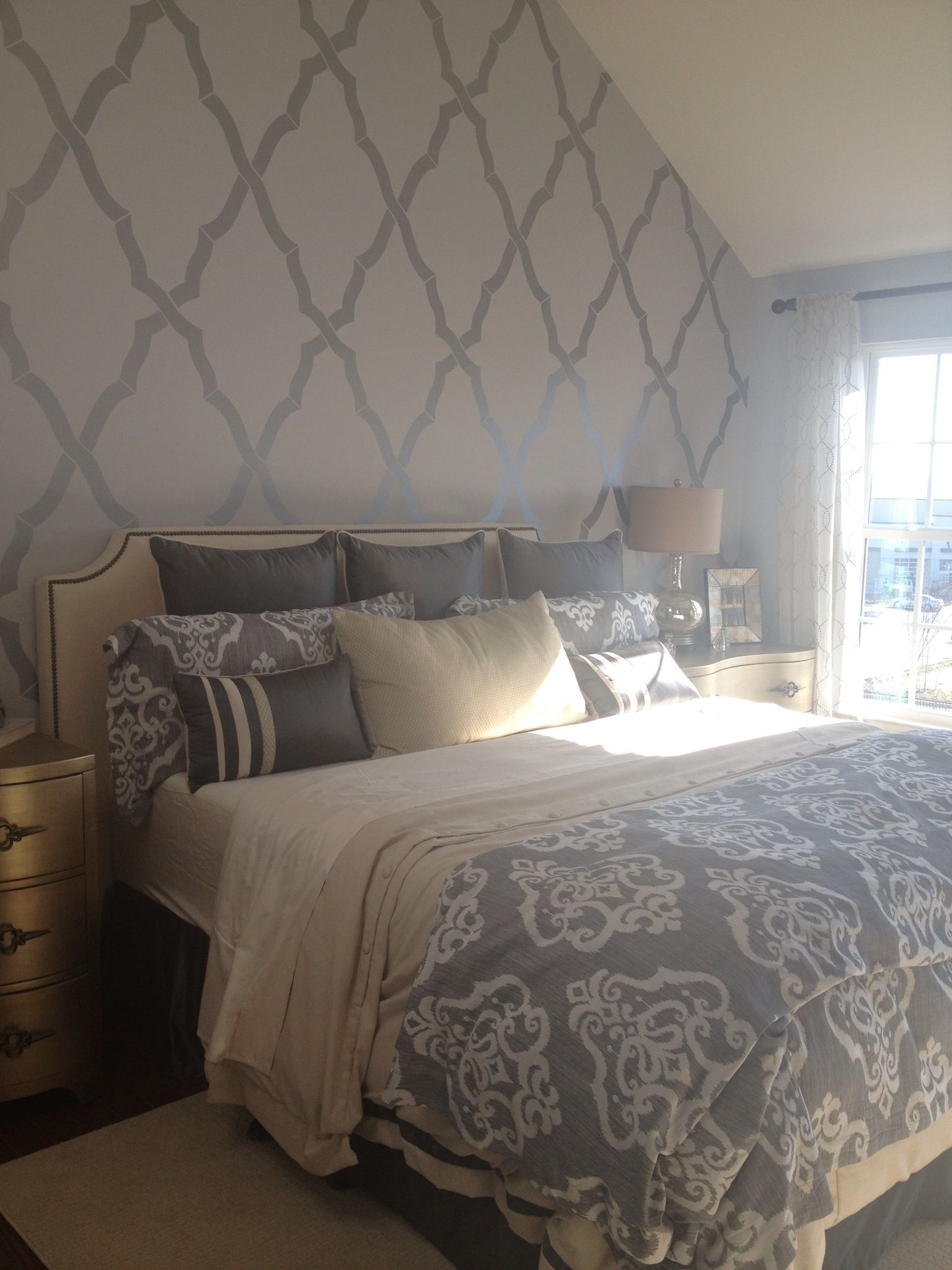 Master Bedroom With Feature Wall