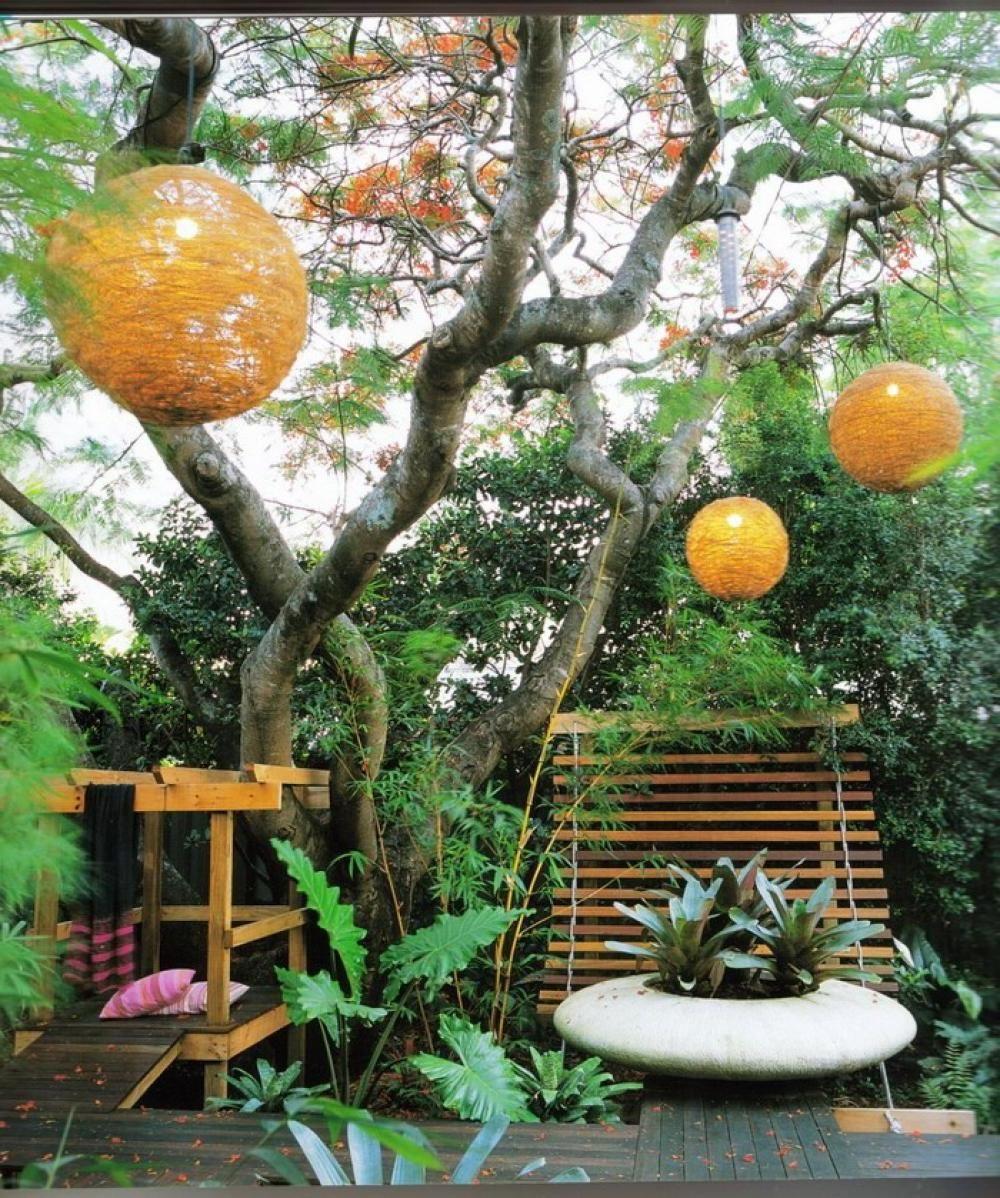 Beautiful Backyard Home With Green Garden Design Contemporary