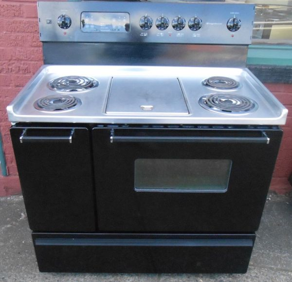40 Double Oven Electric Range with Griddle