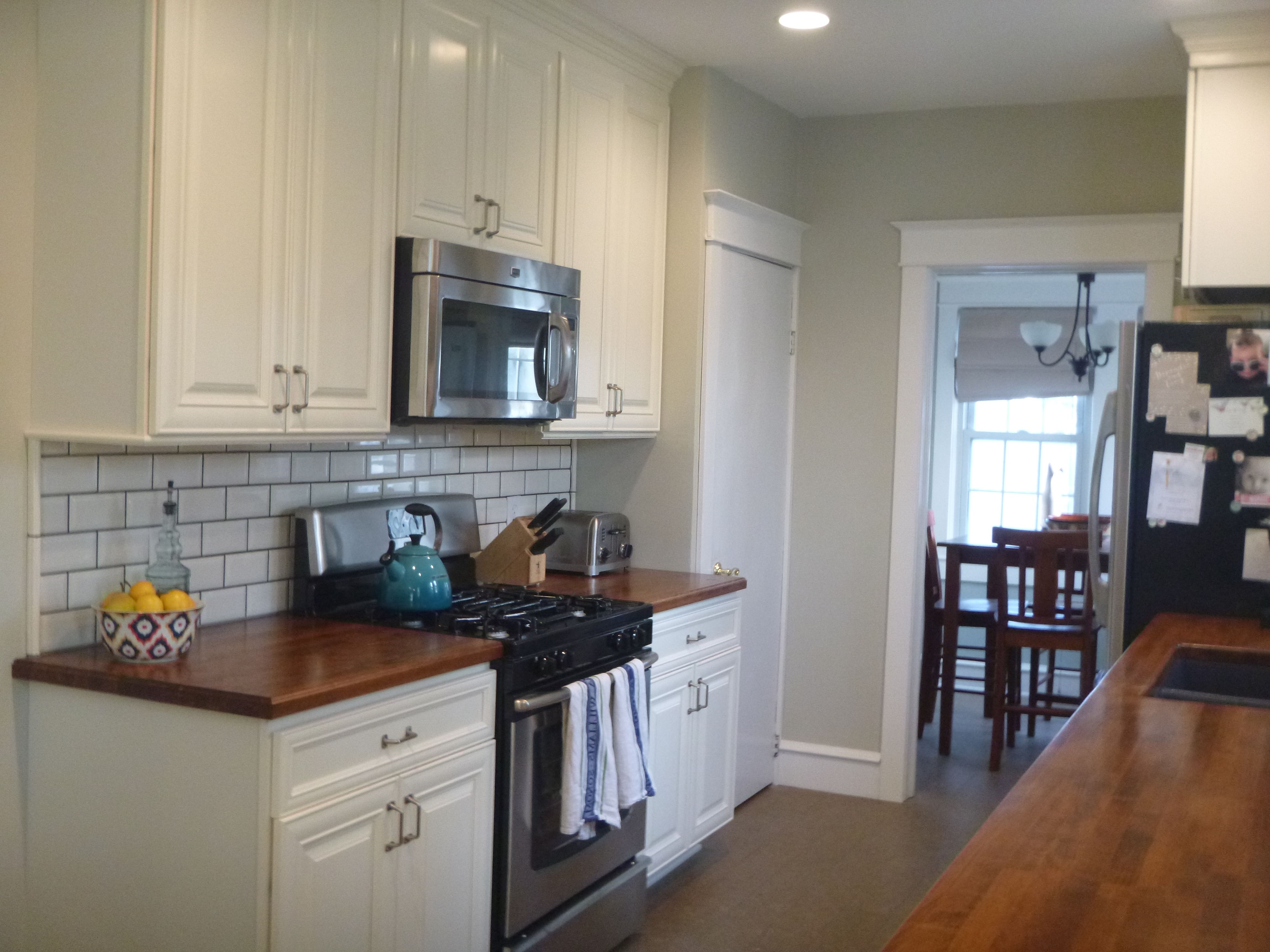 behr ocean pearl great paint color Love the counters
