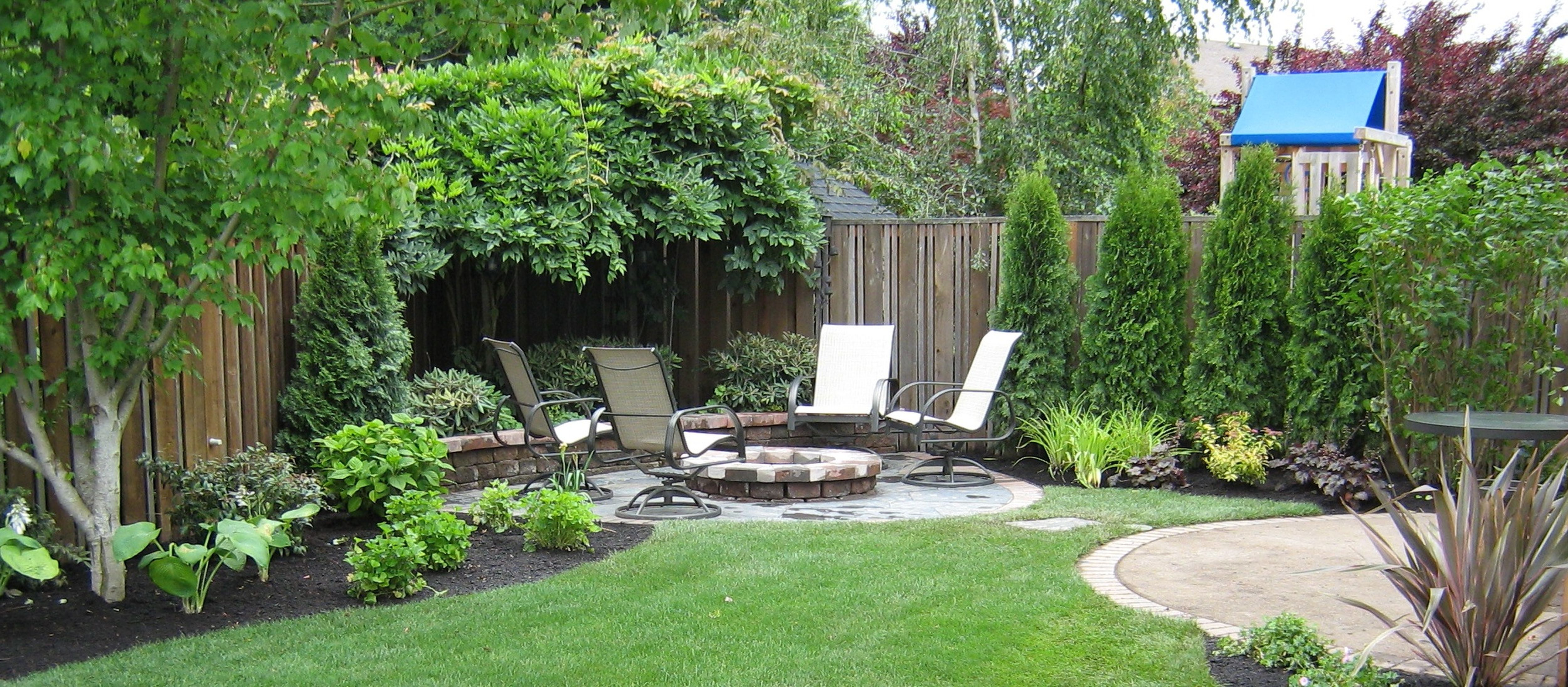 Simple Landscaping Ideas For A Small Space Gardens Backyards