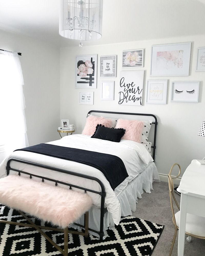 Black and blush pink girls room decor great teenager also rh pinterest