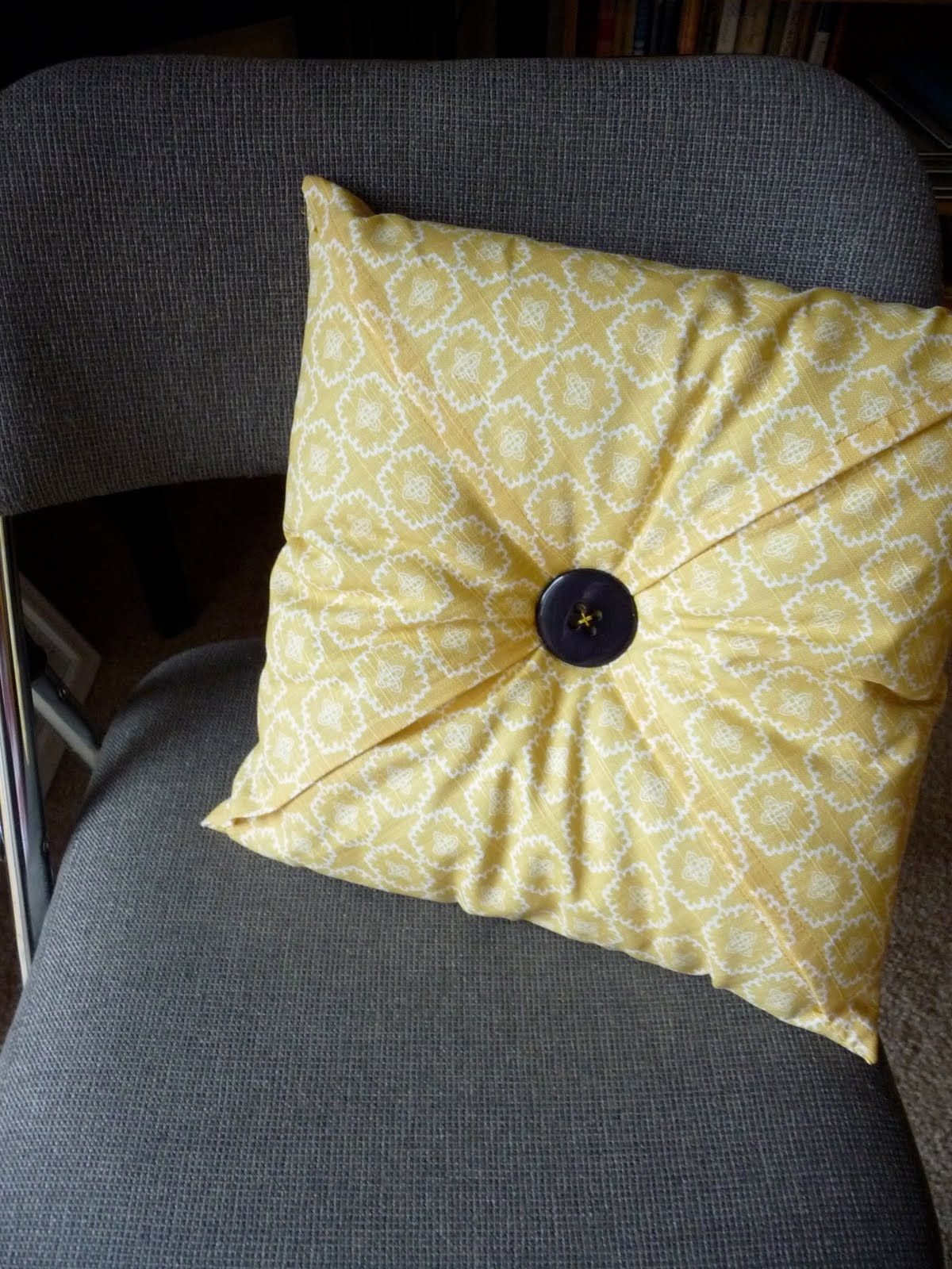 sewing sofa cushion covers single sleeper doing these for sure craft ideas pinterest pillows