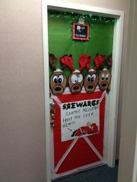 Christmas reindeer door decoration | Holidays | Pinterest ...