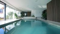 Exquisite House Indoor Pool Design Idea with Rectangular ...