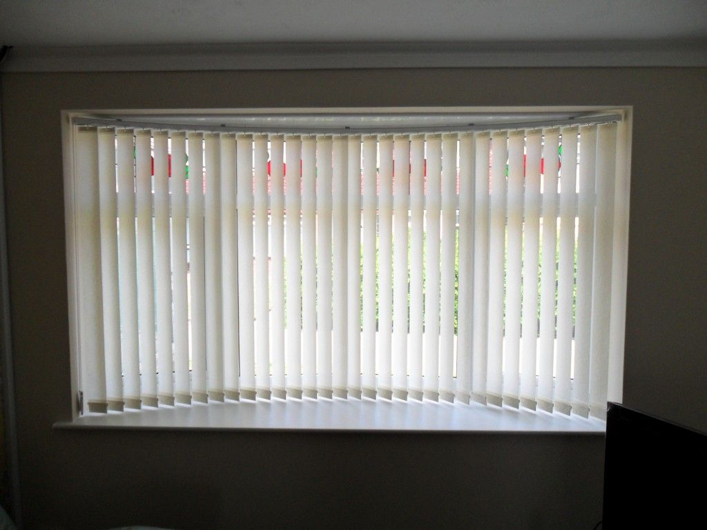 Inspiring Idea For Bow Window Curtain Rods Contemporary