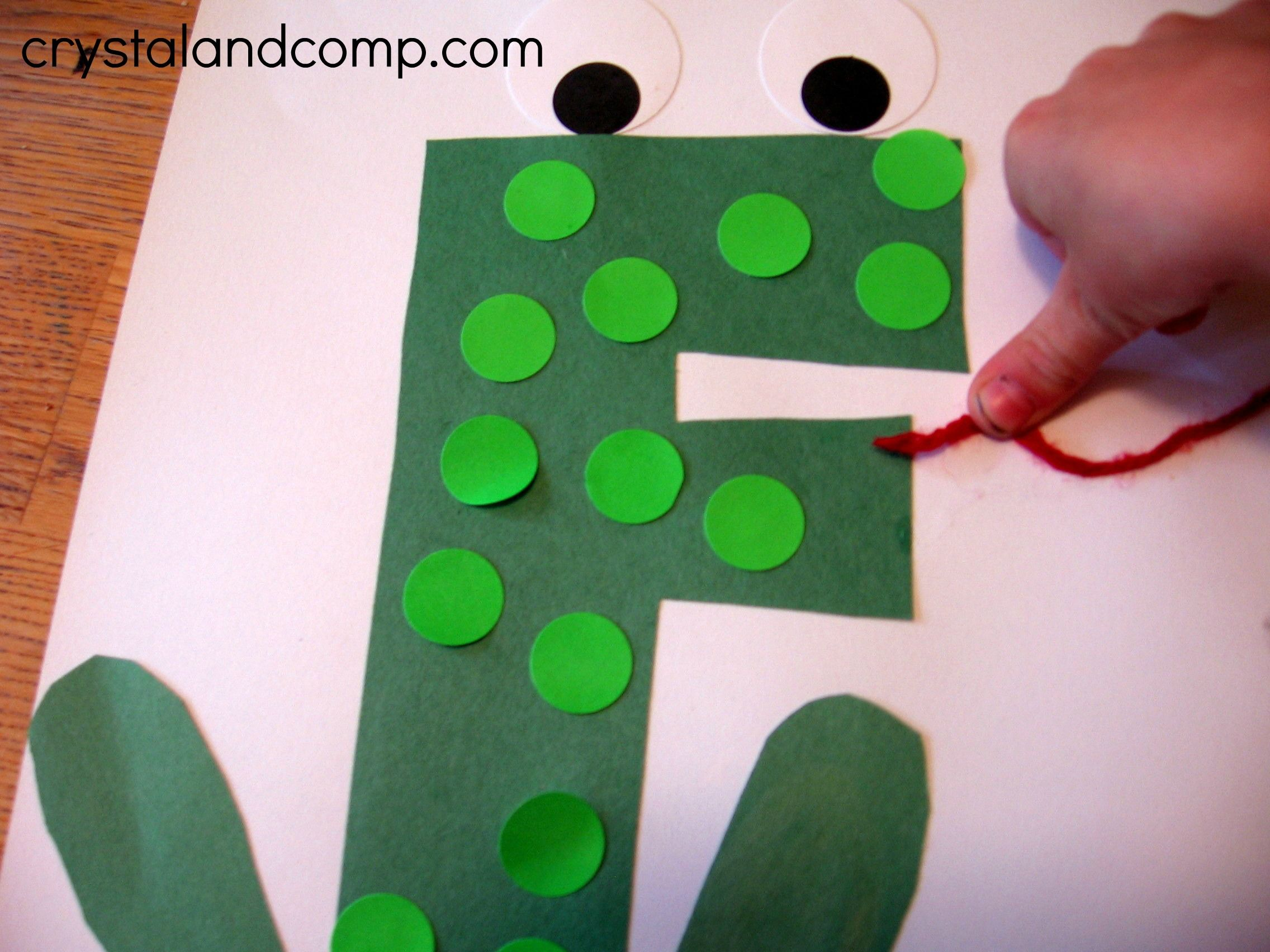 F Is For Frog A Letter Of The Week Preschool Craft