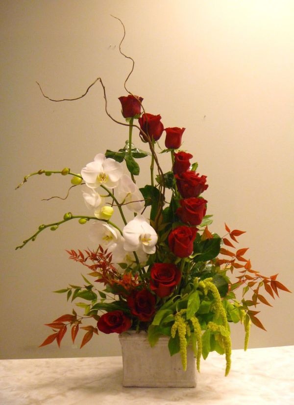 Unique Valentine Flower Arrangements