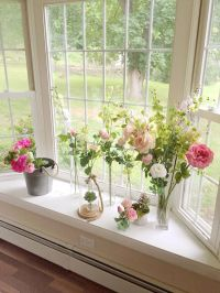 English garden. Windowsill flowers. Country flower. Shabby ...