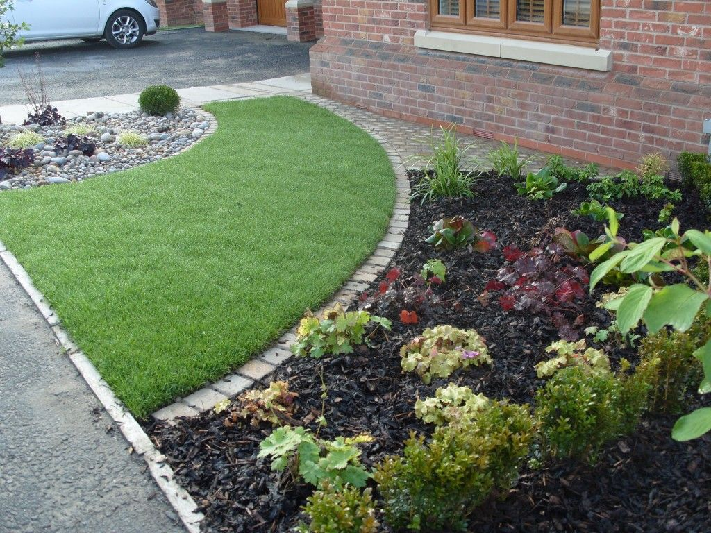 Small Front Garden Ideas With Parking Courtyards & Small Gardens