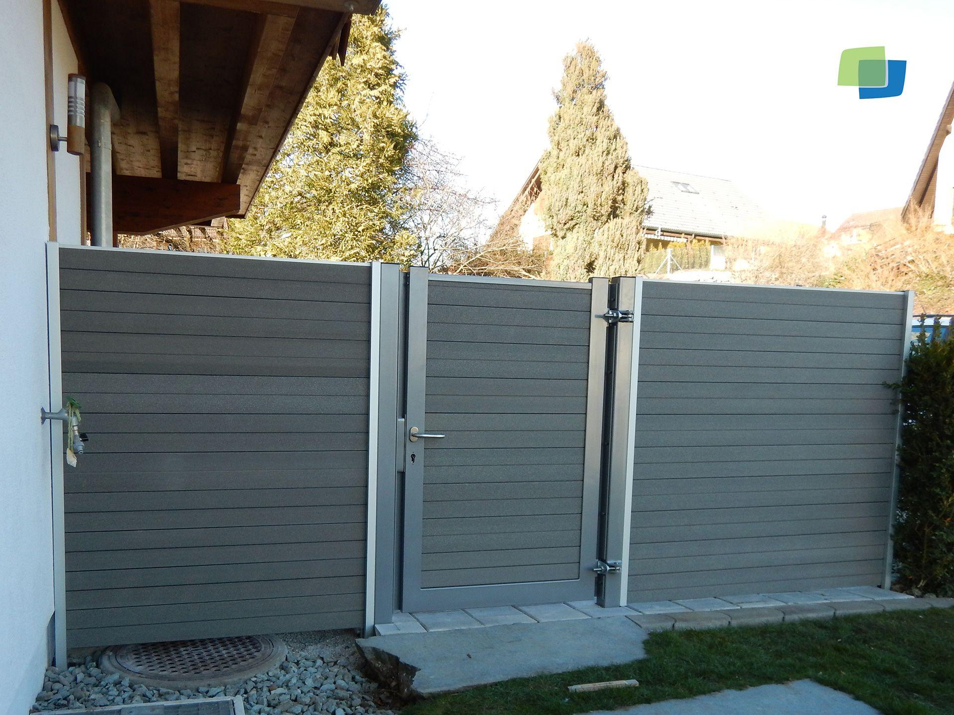 WPC #Sichtschutz Mit Einer Eingebauten Tür Garten Pinterest