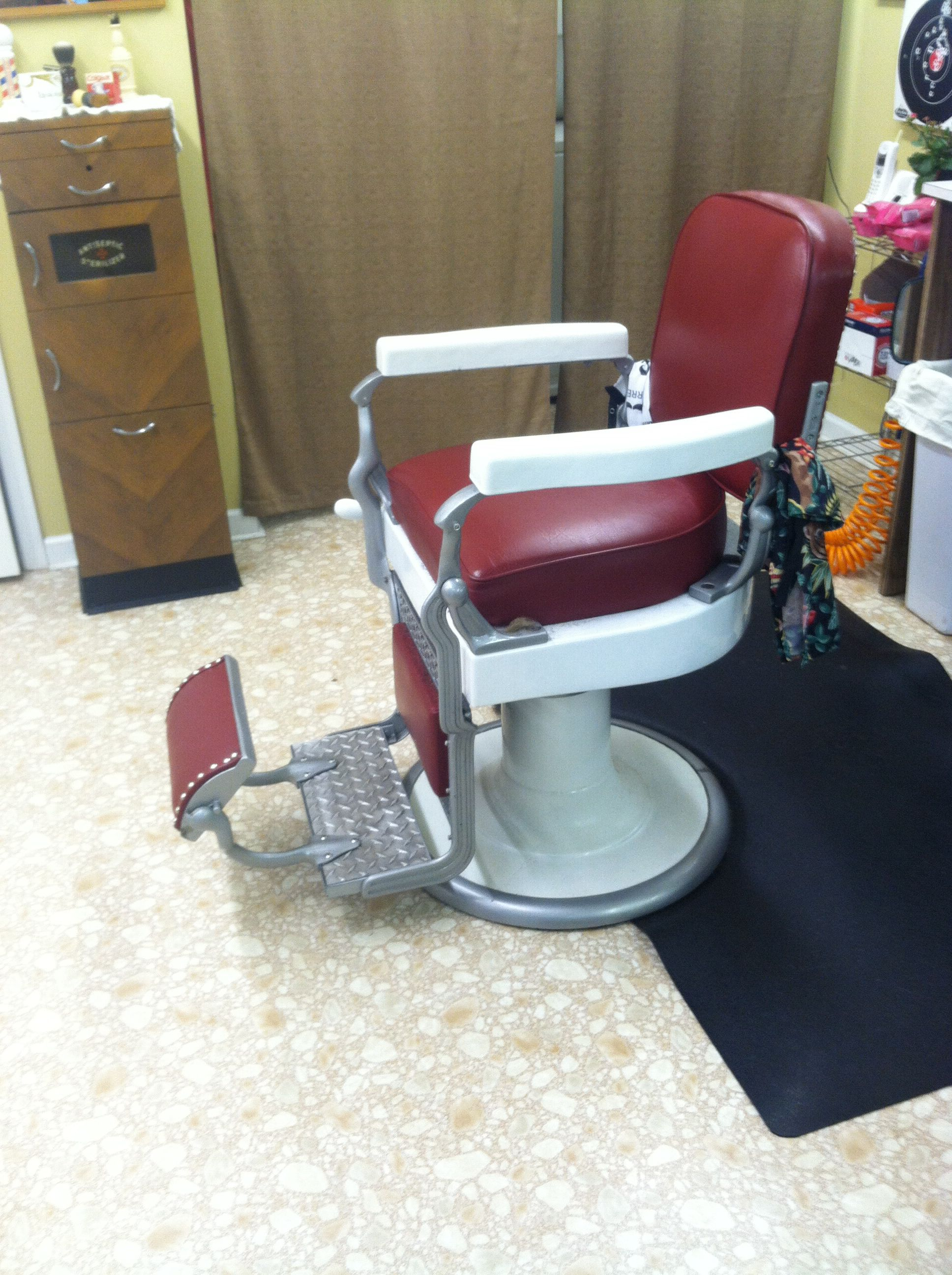 Old School Barber Chair 1925 Koken Barber Chair Big Red 39s Barber Shop
