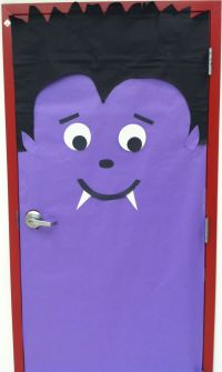 Vampire door at school - Halloween bulletin board idea ...