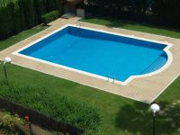 Swimming Pool: Rectangular Inground Pool With Small ...