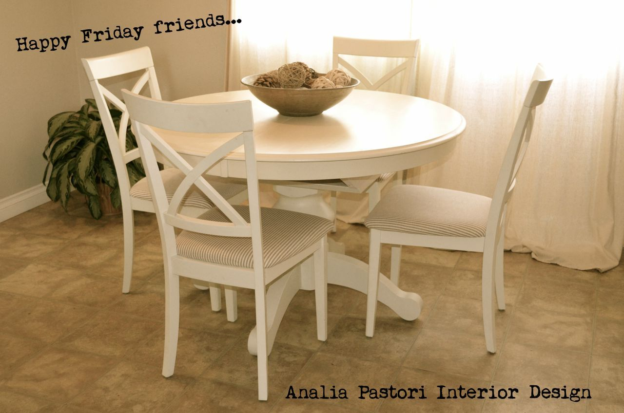 Farmhouse Dining Table And Chairs Farmhouse Style Distressed Antique White Round Table And