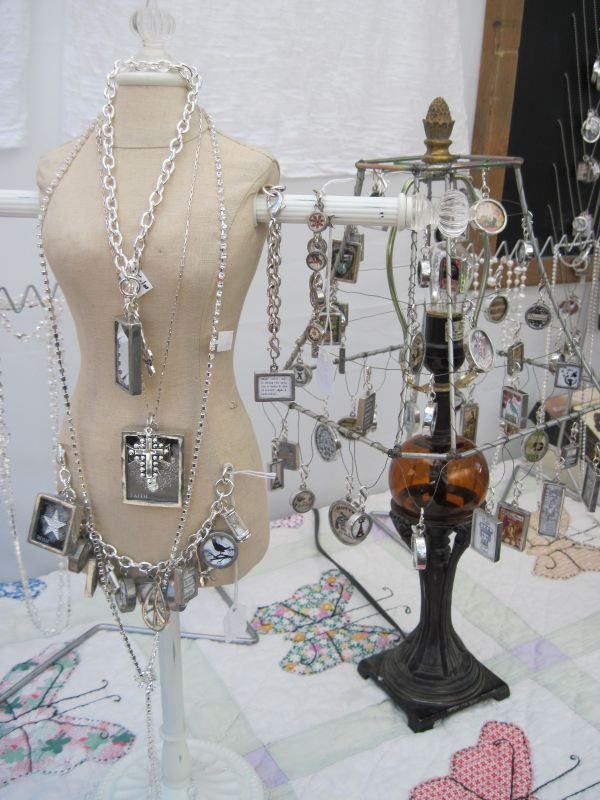 20 Jewelry Display Stands Ideas Pictures And Ideas On Carver Museum