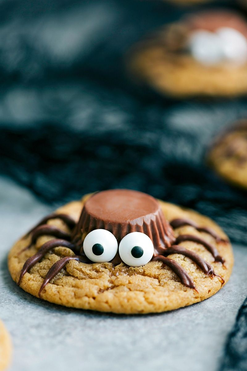 3 ings to make these adorable and delicious halloween halloween spider cookies perfect party treat