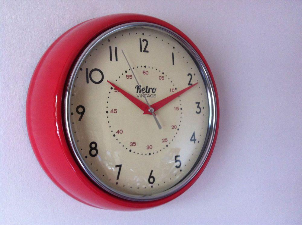 Round kitchen clock retro vintage shabby red black cream
