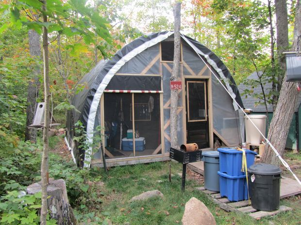 Live In A Greenhouse Construction Survival And Survival Shelter