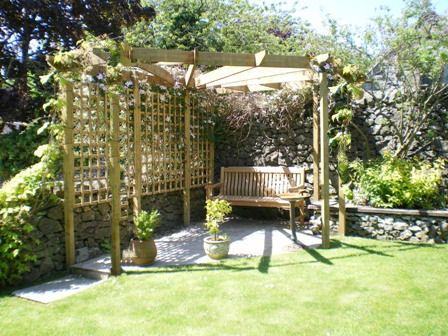 Copyright Image A Stunning Corner Pergola Design Made From The