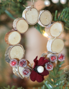 easy homemade christmas ornaments to diy also rh pinterest - Easy Homemade Christmas Decorations