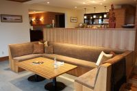 contemporary-living-room-wood-sofas-build-banquette-bar ...