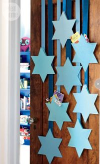 Design Lesson | Hanukkah, Number and Gift