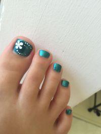 Blue toenails with flower