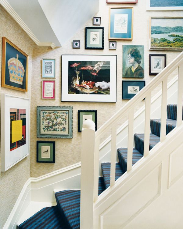Mix And Match Patterns In Home Hanging Art