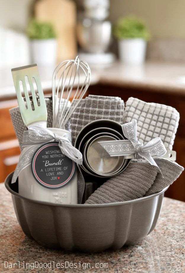 33 Best DIY Housewarming Gifts Quick Crafts Basket T And