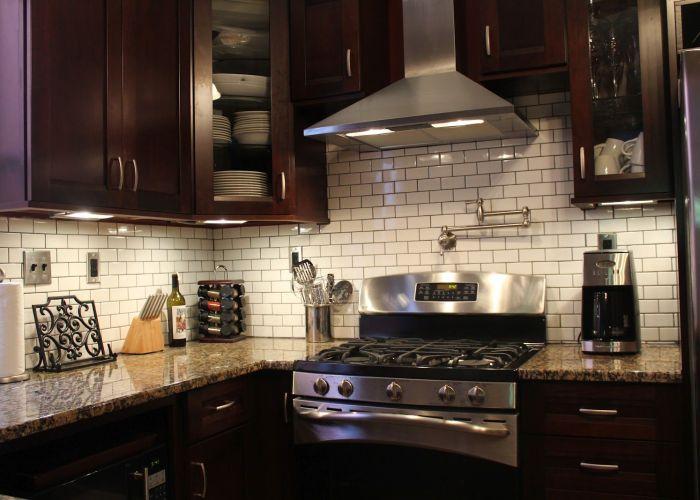 Black and white kitchen backsplash tile http www stkitchenideas com subway kitchenwooden also best images about craftsman on pinterest oak cabinets