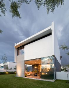 Contemporary two story house located in guadalajara mexico designed by agraz arquitectos also casa lumaly architecture pinterest rh