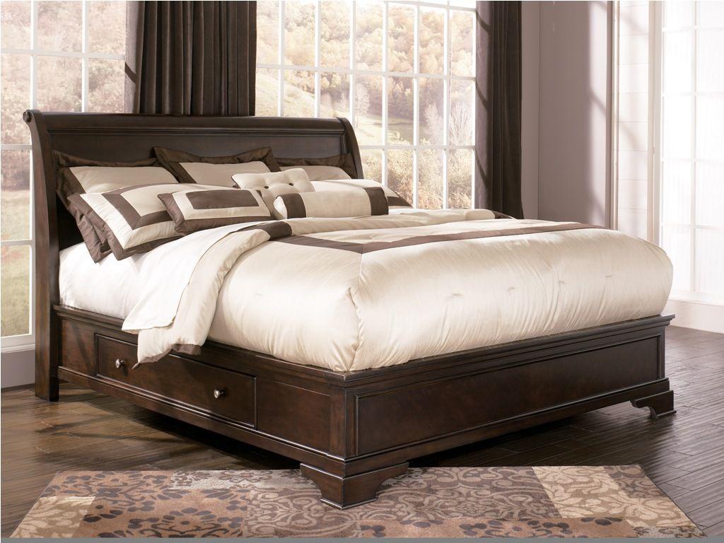 broyhill sofa nebraska furniture mart intex inflatable bed india king size storage ashley leighton sleigh