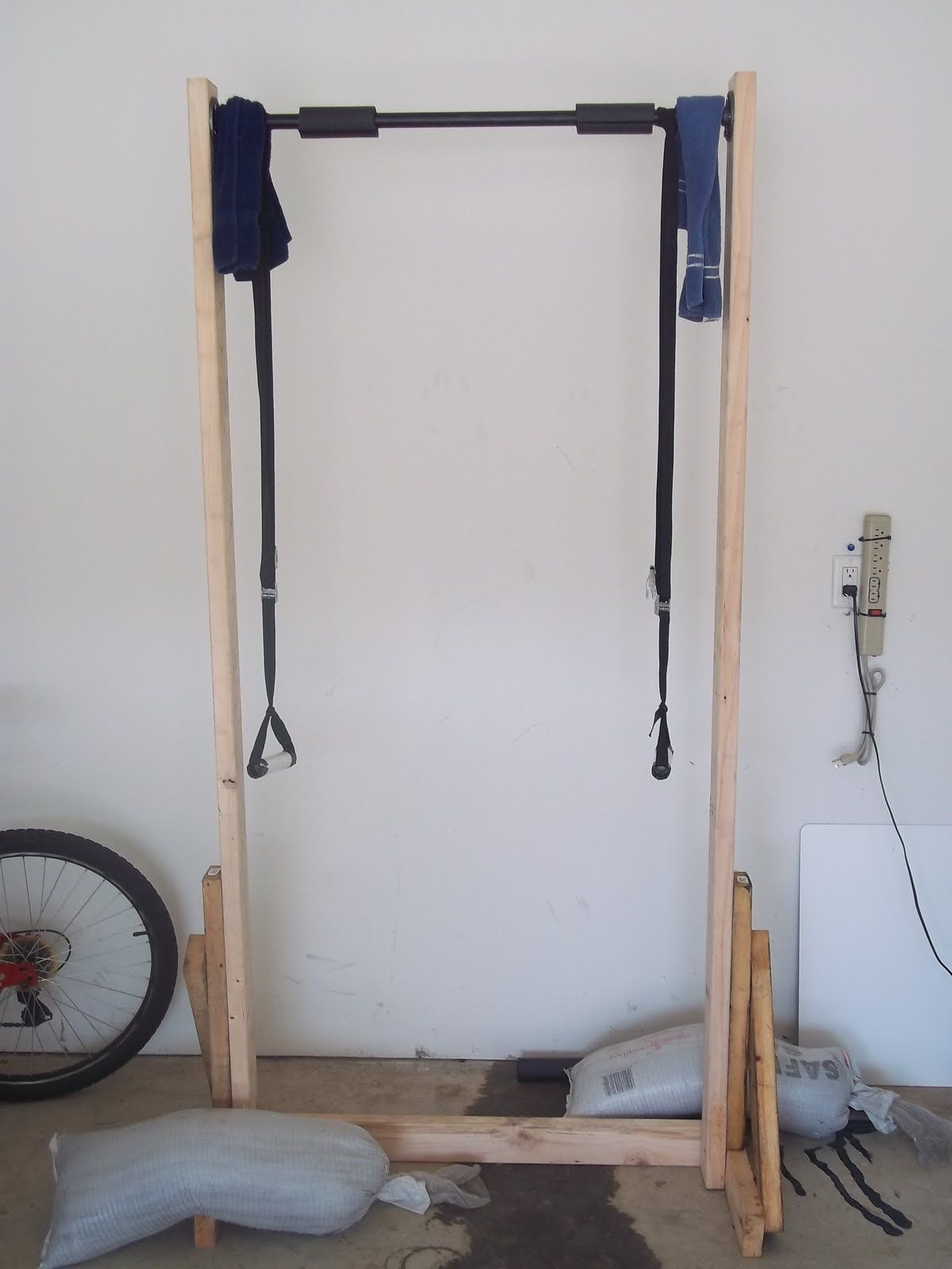 Beyond The 5k Make Free Standing Pull Up Bar From 2x4 S