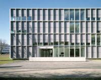 Office Building 200 / Nissen & Wentzlaff Architekten ...