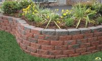 retaining wall with multi color block