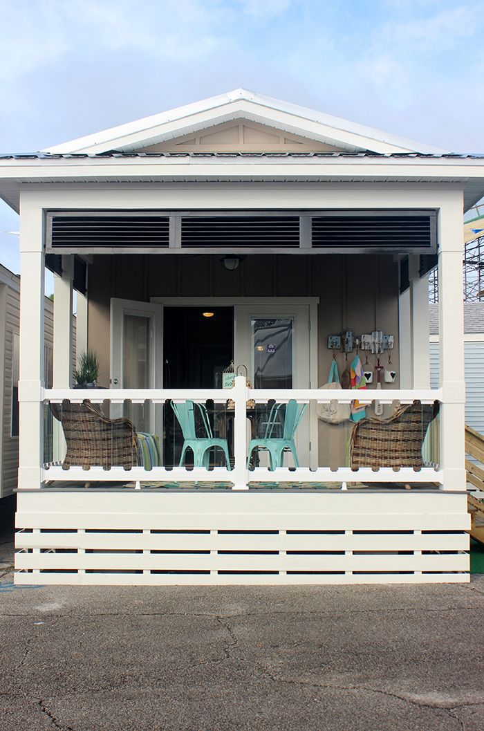 Best 25 Park homes ideas on Pinterest  Park model homes Mini homes and 400 sq ft house
