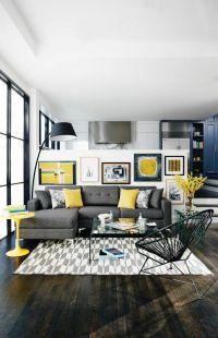 wohnzimmer sofa grau gelbe dekokissen heller teppich ...