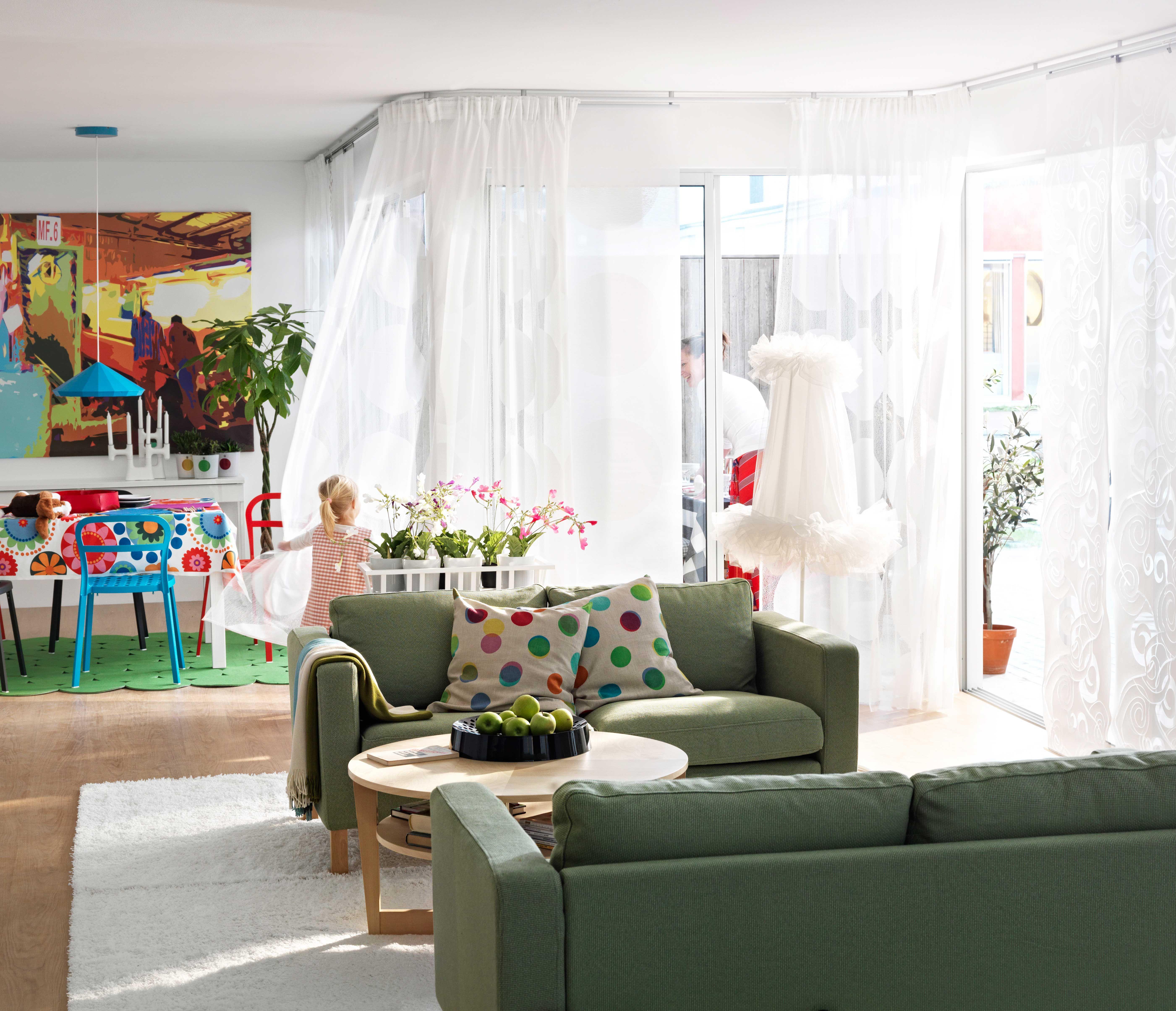 IKEA sterreich Inspiration Wohnzimmer Sitzecke grn Sofa KARLSTAD Kissenbezug IKEA PS