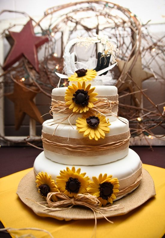 Fall Leaves Nd Burlap Wallpaper Rustic 3 Tier Wedding Cake Ideas With Sunflower Wallpaper