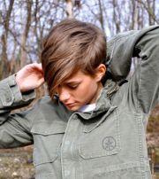 feminine tomboy hair