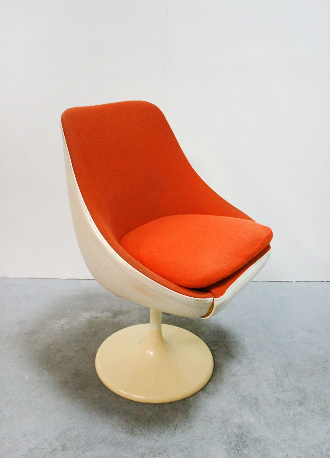 Egg Shell Chairs Vintage Lusch Erzeugnis Egg Pod Tulip Leather Swivel