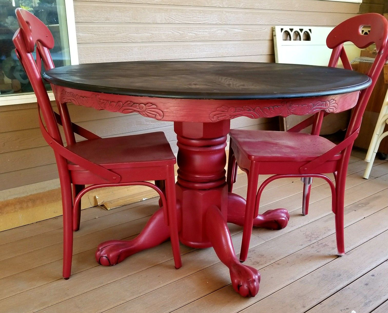 Red painted and glazed clawfoot round pedestal oak dining