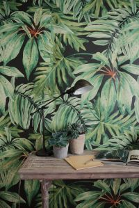 Fresh Greens + Tropical Leaf Decor Ideas | Paint texture ...