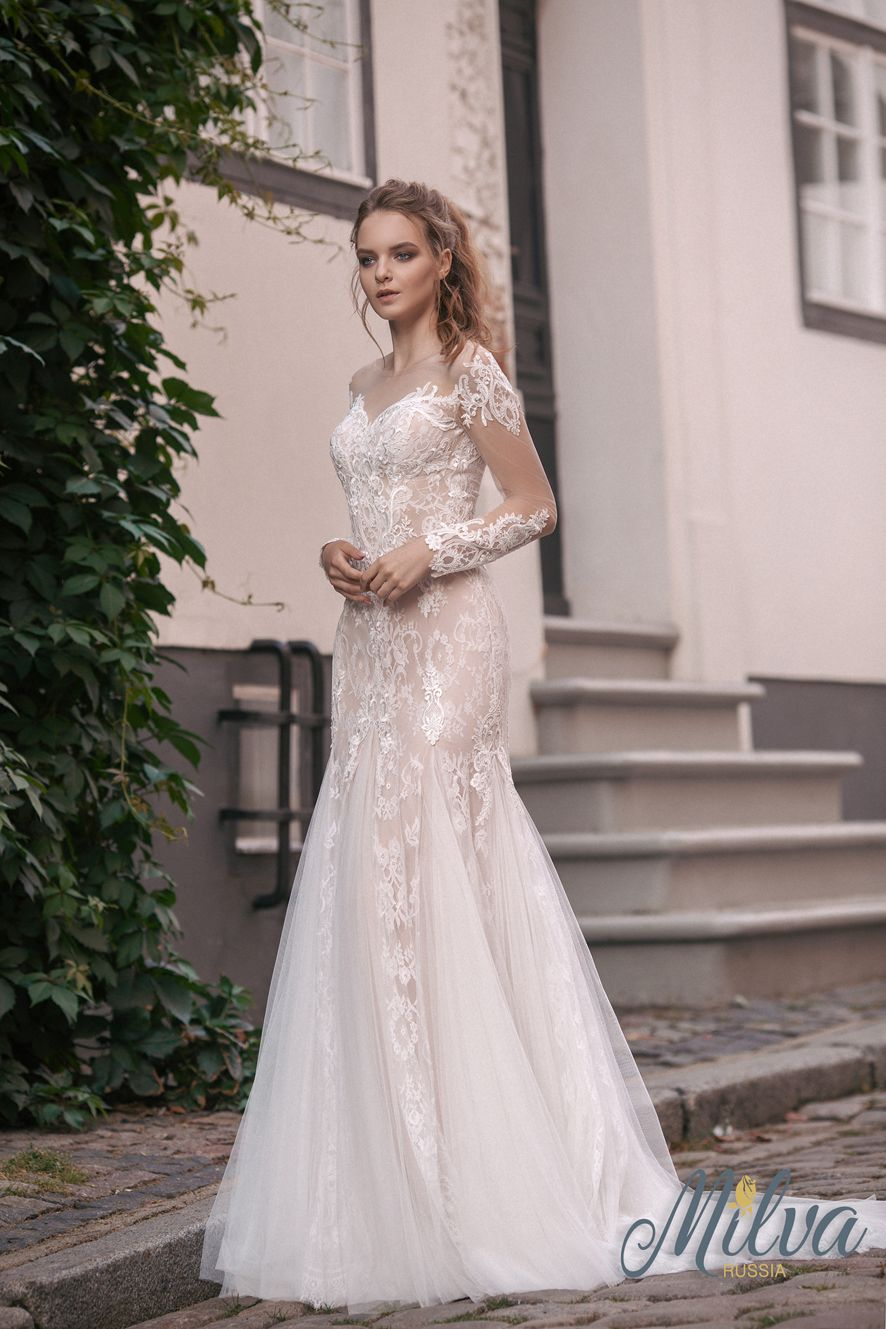 Sweetheart long sleeves fully embellishment mermaid wedding dress #weddingdress #wedding #weddinggown